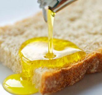 Olio-extravergine-di-oliva-proprietà